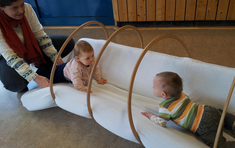 turnger te f r unsere kinderkrabbelgruppe sparda. Black Bedroom Furniture Sets. Home Design Ideas